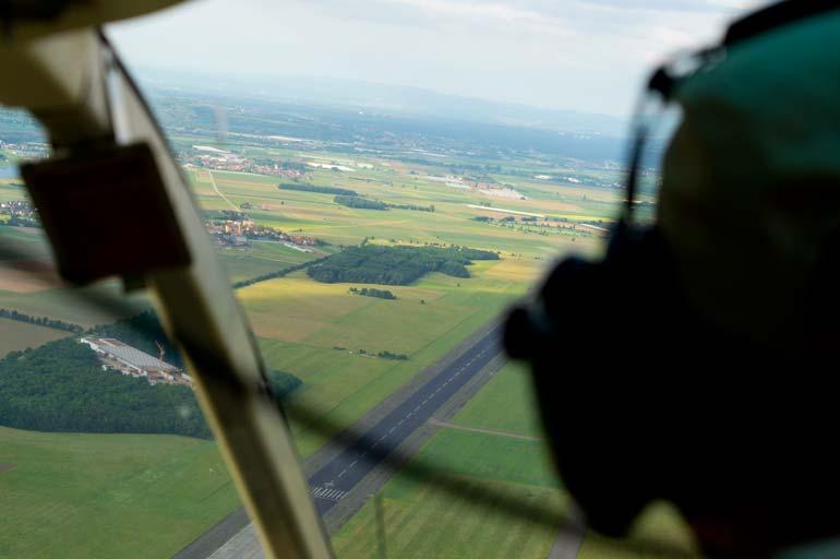 30 Minuten Helikopterflug mit Heli-Breisgau